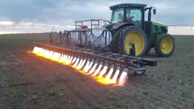flamethrower-tractor.jpg